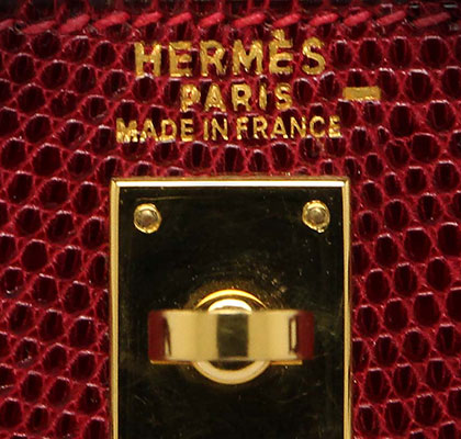 Vintage 25cm Kelly Rouge Hermes Lizard with Gold Hardware. Stamp: D Square 2000.